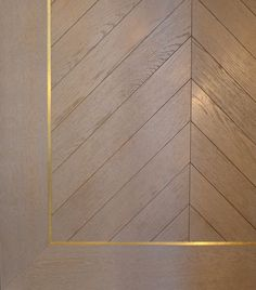 grey ash white wood floors with gold or brass inlay and parquet style on the inside Wood Parquet, Timber Flooring, Parquet Flooring, Wood Paneling, Hardwood Floors, Flooring Ideas, Inlay Wood, Wood Inlay Ideas, Mahogany Flooring