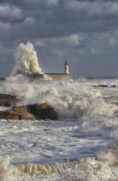 #Lighthouse - Les Sables-d'Olonne - Western #France - http://dennisharper.lnf.com/