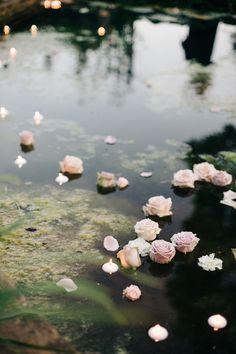 #pond Photography: M&J Photography - mandjphotos.com Venue: Barnsley House - www.barnsleyhouse.com
