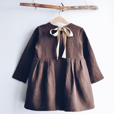 32 Ideas Sewing Baby Girl Winter Children For 2019 Teen Girl Outfits, Little Girl Dresses, Girls Dresses, Toddler Outfits, Baby Girl Fashion, Toddler Fashion, Toddler Dress, Baby Dress, Pinterest Baby