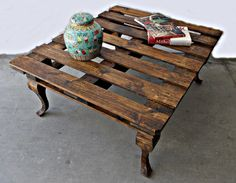 I don't really think that before I get started with different upcycled shipping pallet ideas, you guys really need to be briefed about the actual shipping… Pallet Furniture, Furniture Projects, Wood Projects, Home Furniture, Wooden Pallet Table, Wooden Pallets, Pallet Tables, Shipping Pallets, Upcycle