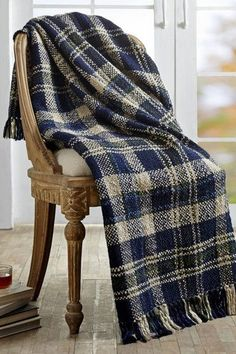 Keep warm under our Columbus Acrylic Woven Throw on chilly nights. https://www.primitivestarquiltshop.com/search?type=product&q=columbus+acrylic+woven+throw #primitivecountrywoventhrows