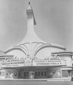 westchester los angeles ca 1960 - Yahoo Image Search Results Vintage Movie Theater, Los Angeles Hollywood, Drive In Theater, California History, Los Angeles Area, Los Angeles County, Queen, The Past, Cowgirl Photo