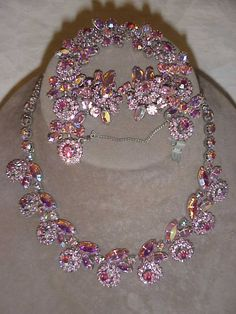 SIGNED WEISS PINK PARURE