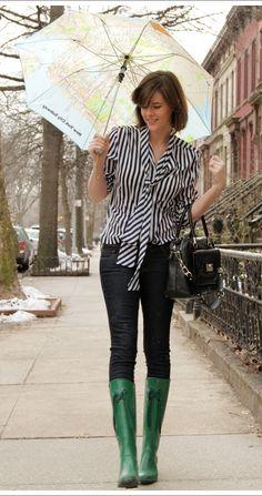 striped blouse and cute rain boots Rainy Outfit, Rainy Day Outfit For Spring, Cute Rainy Day Outfits, Winter Boots Outfits, Rainy Day Fashion, Spring Outfits, Green Rain Boots, Snow Boots, Rain Boots Fashion