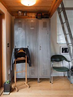 New School: Incorporating Lockers into Home Decor #lockersinthehome #homedecor #interiordesign