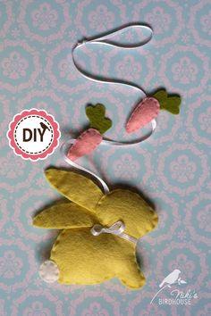 DIY easter bunny garland