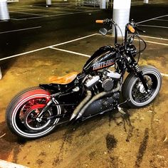 Harley Davidson Bike Pics is where you will find the best bike pics of Harley Davidson bikes from around the world. Triumph Motorcycles, Cool Motorcycles, Harley Davidson Motorcycles, Bobber Bikes, Bobber Motorcycle, Motorcycle Outfit, Harley Bobber, Harley Bikes, Harley Davison