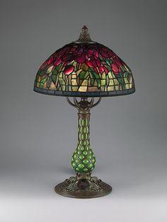 omgthatartifact:    Tulip Lamp  Louis Comfort Tiffany, 1907-1912  The Metropolitan Museum of Art