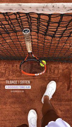 Creative Instagram Stories, Instagram Story Ideas, Tennis Senior Pictures, Tennis Photography, Insta Snap, Tennis Fashion, Play Tennis, Tennis Clothes, Insta Photo Ideas