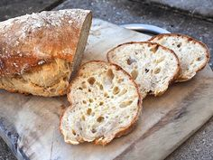 Posts about sourdough ciabatta written by silviascucina Homemade Ciabatta Bread, Sourdough Bread, Yeast Bread, Knead Bread Recipe, No Knead Bread, Pain Thermomix, Bread Recipes, Cooking Recipes, Starter Recipes