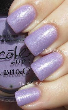 Nicole OPI Kardashian Kolors - One Big Happy Fame-ily