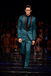 Hugo Boss Coat for Men | Catwalk City of China by Hugo Boss | Autumn/Winter collection 2014