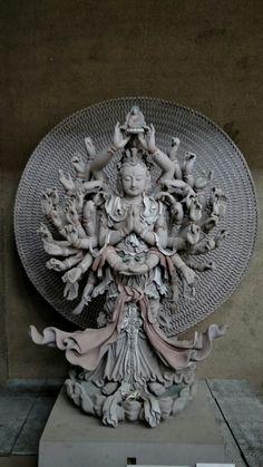 千手观音 Buddha with a thousand arms. Asian Sculptures, Thangka Painting, Tibetan Art, China Art, Buddhist Art, Sacred Art, Religious Art, Ancient Art, Canvas Art Prints