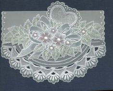 Modelos cartoes papel vegetal - Vanessa Gontscharow - Picasa Web Albums...Parchment card designs!