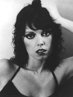 "Pat Benatar ""Sexy hair pushed back"" Pat Benatar, Women Of Rock, Rock And Roll Bands, Rock Bands, We Will Rock You, Pop Rock, Women In Music, Rock Legends, Female Singers"