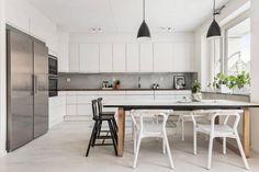 В стокгольмском районе Hornsbergs Strand расположилась квартира мечты площадью 108 квадратных метров