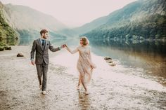 This lakeside wedding inspiration is full of beautiful light and romantic moments that will leave you wishing for warmer days. Engagement Pictures, Engagement Shoots, Wedding Pictures, On Your Wedding Day, Perfect Wedding, Dream Wedding, Wedding Shoot, Wedding Bride, Wedding Couples
