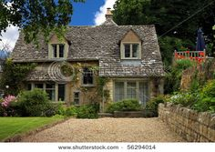 English Countryside Cottage - Love it!