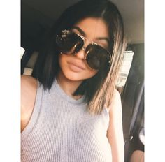Kylie Jenner / Short hair corte recto