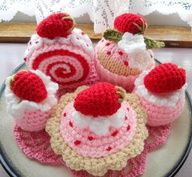 crochet cupcake and sweets