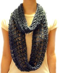 Free Lover's knot crochet loop scarf pattern.