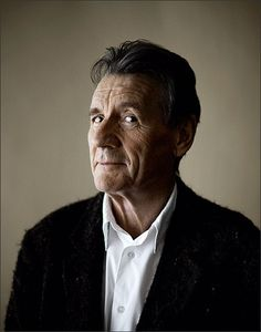 Michael Palin - met him in Baarn NLD. He was as delightful as you'd imagine. Gorgeous Men, Beautiful People, There Goes My Hero, Eric Idle, Terry Gilliam, Michael Palin, Around The World In 80 Days, Marilyn Monroe Photos, Monty Python