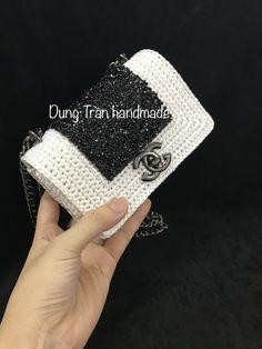 Crochet Clutch, Crochet Shoes, Crochet Handbags, Crochet Purses, Crochet Slippers, Crochet Bags, Knitting Designs, Crochet Designs, Crochet Patterns