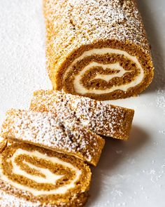 How To Make an Easy, Foolproof Pumpkin Roll — Cooking Lessons from The Kitchn Cheese Pumpkin, Pumpkin Pie Spice, Spiced Pumpkin, Pumpkin Pumpkin, Pumpkin Bread, Punkin Pie Recipe, Martha Stewart, Savory Pumpkin Recipes, Caking It Up