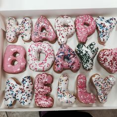 Mini Donuts, Dunkin Donuts, Doughnuts, Happy Birthday Donut, Brithday Cake, Cute Food Drawings, Graduation Cookies, Just Cakes, Chocolate