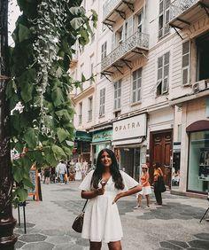 How to make me happy? Give me  or  or even better both! | Die Promenade entlang spazieren würd ich jetzt auch gerne wieder aber in Wien hat es zumindest dieselben Temperaturen wie in Nizza  Happy Hump Day!  #cotedazur #icecream Street View, Instagram, Nice