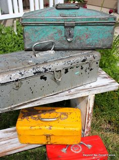 Beyond The Picket Fence: pretty chippy toolboxes