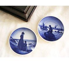 ✿ڿڰۣ(̆̃̃•Aussiegirl Vintage Royal Copenhagen Plate Set