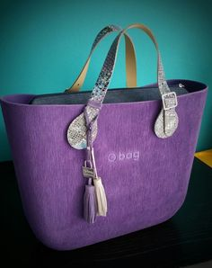 Purple brush Obag Brush, Everything Designer, Fashion Brands, Women's Fashion, O Bag, Purple Things, Ladies Bags, Cute Bags, Designer Bags