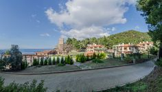 #kaminos  #Evian #Gulf #Greece #hotel #resort Holiday Time, Greece, Relax, Nature, Travel, Viajes, Keep Calm, Naturaleza, Destinations