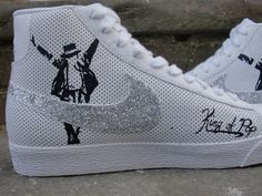 King of Pop...the Legend...the one and only...Michael Jackson!! R.I.P...wish I had these