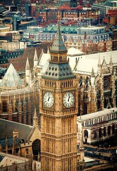 Big Ben at the north end of the Palace of Westminster in London, England