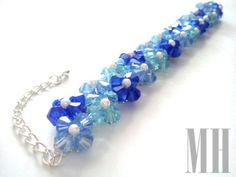 Niebieska bransoletka z koralików bicones i perełek   MH Biżuteria - cuda ręcznie wykonane