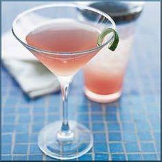 Retete de cocktailuri - o colectie de retete de cocktailuri faimoase, explicate pentru a le putea prepara la tine acasa!