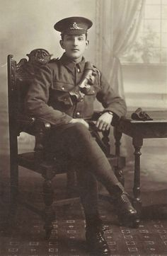 A member of the Royal Artillery, WWI.