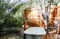 """this is one of the """"stargazing"""" tubs. - Get $25 credit with Airbnb if you sign up with this link http://www.airbnb.com/c/groberts22"""