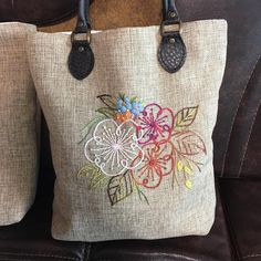 6 Best Hip Exercises for Women Health : Sport for Women in 2020 - Frau Embroidery Bags, Hand Embroidery Stitches, Hand Embroidery Designs, Embroidery Patterns, Side Purses, Jute Bags, Sewing Art, Patchwork Bags, Fabric Bags