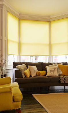Grey and yellow are the perfect partners. Mix them together in patterns and bold plains. Our Milford Zest Roller blind add a lovely pop of colour into a room.