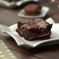 Brownie with Oreo - There should be no more perfect combination in the world than a brownie with Oreo - Brownie Recipe Video, Brownie Recipes, Chocolate Recipes, Cake Recipes, Dessert Recipes, Chocolate Chips, Easy Desserts, Delicious Desserts, Yummy Food