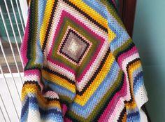 Mantas de ganchillo - Manta multicolor - hecho a mano por Priscilastore en DaWanda