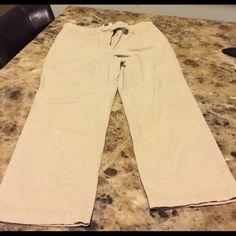 Khaki capris Khaki Capris. Have a little stretch. Great condition! Super cute! Jones New York Pants Capris