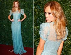 The British model wore a Burberry ice-blue gown rendered with a delicate lace overlay, which lends a romantic tone to the resolutely feminine silhouette. Suki Waterhouse attended the London Evening Standard Theatre Awards. Burberry 2014, Burberry Dress, Burberry Prorsum, Celebrity Style Inspiration, Fashion Inspiration, Suki Waterhouse, Red Carpet Gowns, Blue Gown, Formal Looks