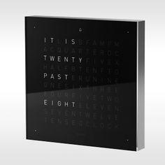 B QlockTwo Touch digitale klok met alarm door Biegert & Funk | Designshops