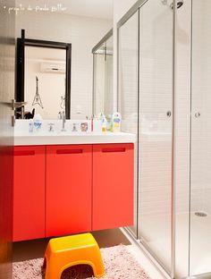 red bathroom cabinet #decor #banheiro