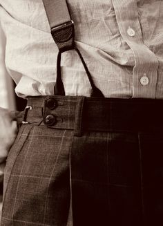 Suspenders Gentleman's Essentials Mode Masculine, Fashion Moda, Look Fashion, Classic Men, Ex Machina, Inspiration Mode, Peaky Blinders, Looks Cool, Men's Accessories